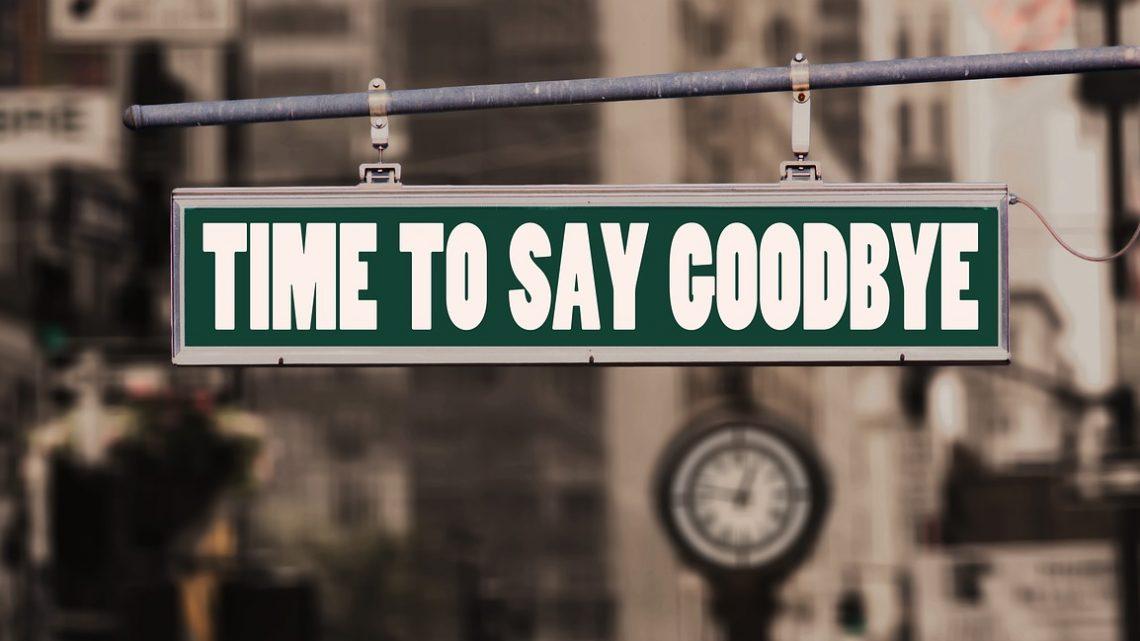 Pakolok, búcsúzom és elmúlok – vár az új munkahely