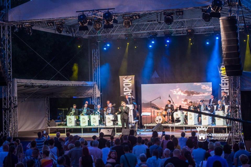 Nyáresti show-műsor egykori zenekarral – a Fehérvár Big Band koncertjén voltam
