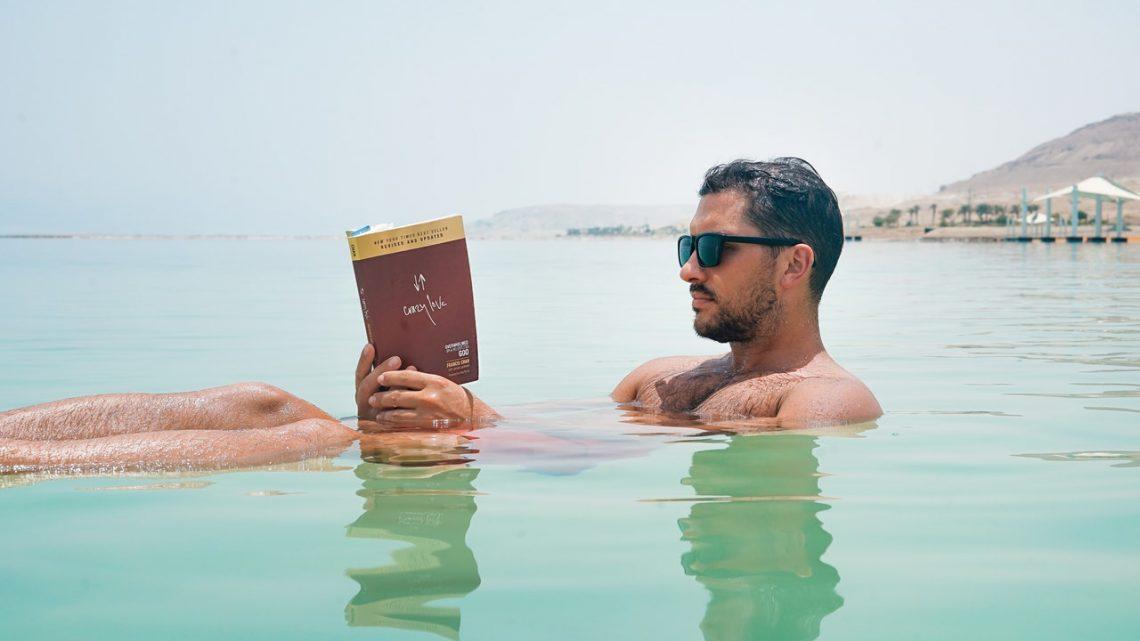 Ahogy a stockfotók szerint kényelmes olvasni…
